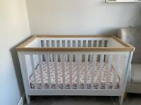 Lulworth cot bed and matching drawers/ changing table