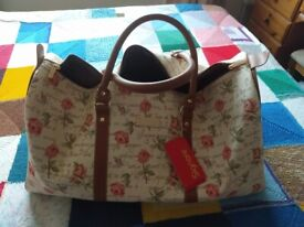 Brand New Lovely Large Ladies Weekend Bag