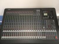 Yamaha MGP24X Mixing desk
