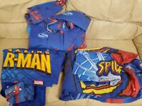 Boys Spiderman 2 x single duvet covers + pillowcase and curtains (unlined).