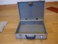 Aluminum Case.