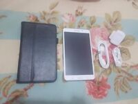 Samsung galaxy tab 4 7inch 16GB WiFi, New as only used for 2 hrs during travel