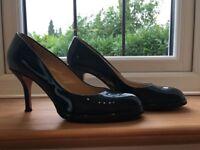 Beautiful Hobbs heels size 39