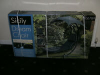 NEW IN BOX SICILY GARDEN DREAM CHAIR / LOUNGER /SUNBED WITH PARASOL.