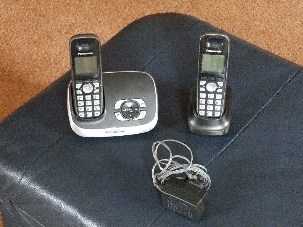 Panasonic Wireless Phone with 2 Handsets
