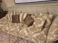 Sofas 3 piece suite amazing quality in good condition