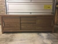 TV stand with 2 pull out drawers and 2 sliding doors for storage
