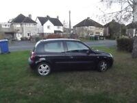 Renault Clio 1.2 3 door 2006 Sold as spares or Repair Suspect head gasket although still drives