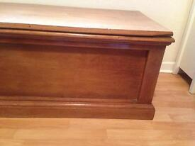 Large coffer, chest,blanket/toy box