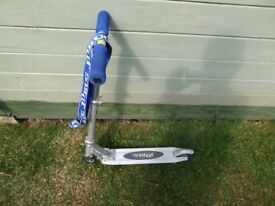 Childs J D BUG folding scooter. VG condition