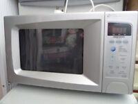 Daewoo 700watt microwave