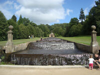English guy wanted to visit Chatsworth House