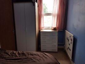 Room in watford town