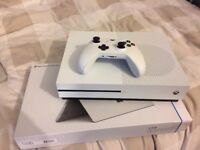 Hardly played like new xbox one S 500Gb