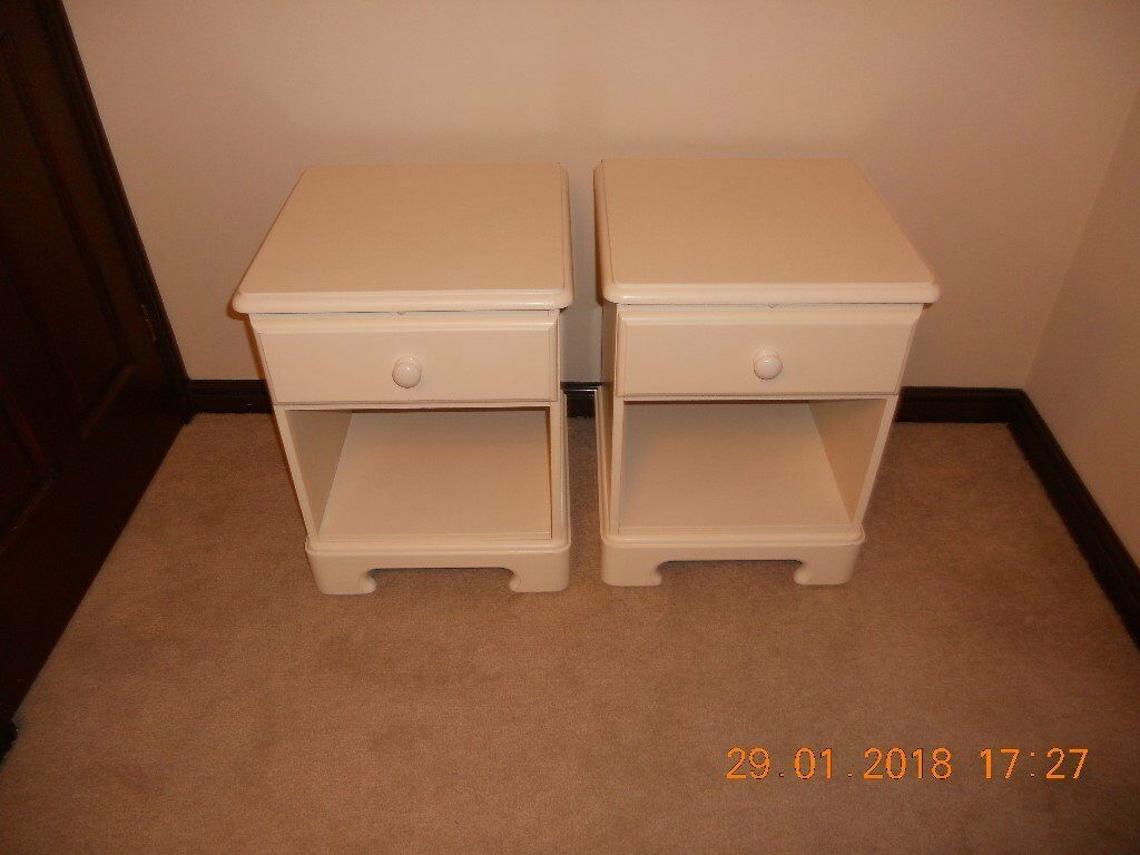 Bedside Cabinet Cream With Pull Out Table Stag Style