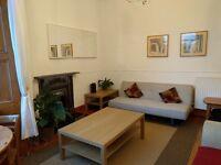 2 bedroom, 2nd floor flat, just off Leith Walk, Edinburgh - fully furnished