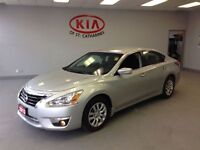 2013 Nissan Altima 2.5 //  Power Package // Priced to MOVE