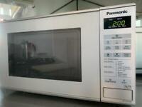 Panasonic Compact Microwave, 20 L - Silver (NN-E281MMBPQ)