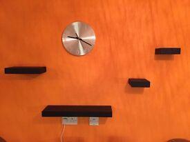 Black-colour wood shelf (4 pieces)