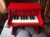 Piano toys classic