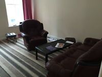 2 Bedroom + Lounge Flat - City Centre Dundee