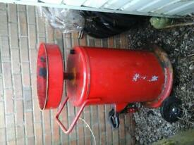 OIL DRAINER WITH ADJUSTABLE TOP ON WHEELS EX CON £ 45 NO TEXTS PLEASE