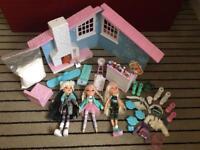 Large Bratz dolls & accessories bundle