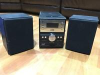 iPhone/Ipod stereo player with speakers and radio