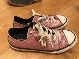 Converse all star girl trainer size 1.5. £3
