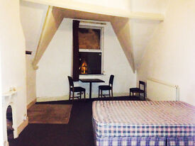 Good room in great location in moseley- CENTRAL LOCATION!
