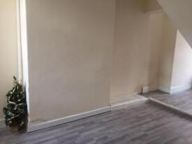 2 BED HOUSE TO RENT FALKLAND STREET