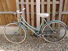 Ladies/Girls Traditional Bicycle