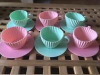 6 silicon 'cupcake style' baking cases