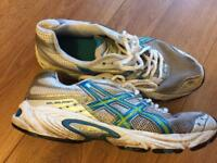 Asics running trainers size 6