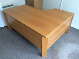 Oak veneer desks