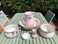 Vintage wash bowl and jug. 6 piece set