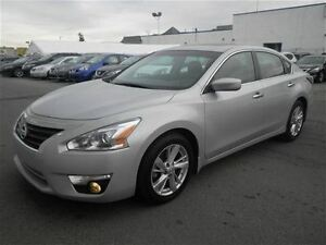 2015 Nissan Altima SV | Heated Seats | CAM | Roof | NEW Tires