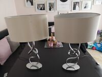 Matching pair of table lamps