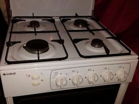 Clean freestanding Indesit Gas Cooker (53cm wide)