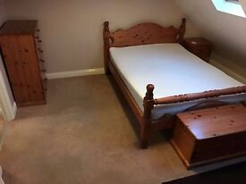 ROOM TO RENT - YEOVIL. FULLY FURNISHED DOUBLE (WITH EN-SUITE)!