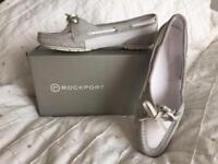 Nice flat shoe £ 20