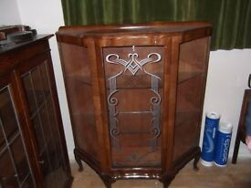 Vintage bow fronted wooden display unit with etched glass REDUCED TO SELL £40