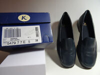 Clarks K Georgia shoes size 5