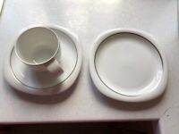 Absolute bargain! Rosenthal Suomi 85 piece dinner service, white with silver rim