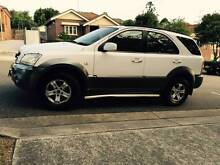 2004 Kia 4x4 LONG REGO Logbooks Mags Low Ks Tow Bar New Tyres A1. Meadowbank Ryde Area Preview