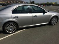 Mondeo st tdci 2.2 . Need space on the drive so best offer takes it away , get ya self a bargain