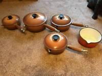Le Creuset saucepan set