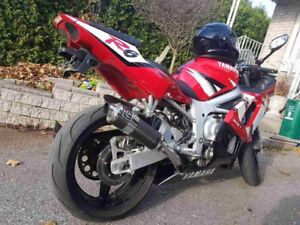 02  Yamaha R6 runs greats!