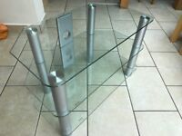 Glass shelved TV stand in excellent condition 80cm x 45cm