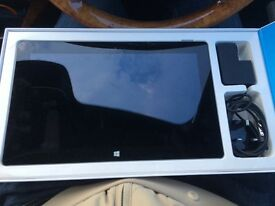 Microsoft Surface 2 - Great condition